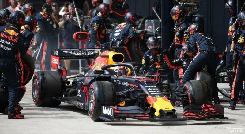 Команда Red Bull установила новый рекорд по скорости пит-стопа в Формуле-1
