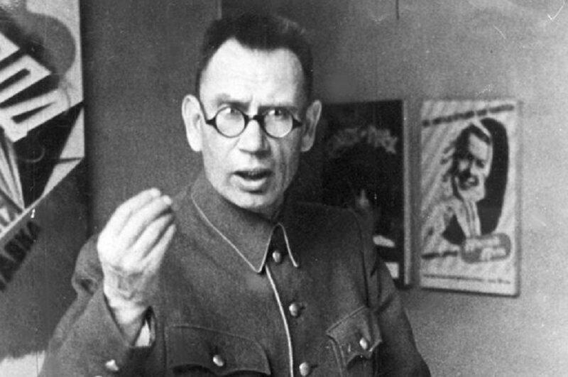 Большая ложь. Кто и как сделал генерала Власова «освободителем Праги»