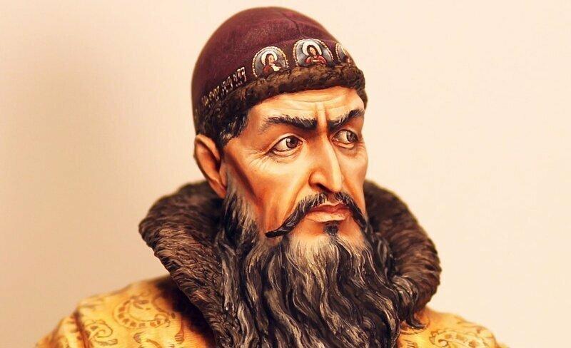 Почему царя Ивана IV стали называть Грозным?
