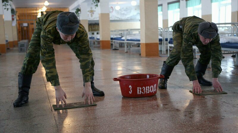 Солдат-срочник умер на второй день службы, отказавшись мыть туалеты