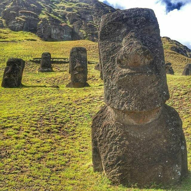 Стало известно, что охраняли истуканы острова Пасхи