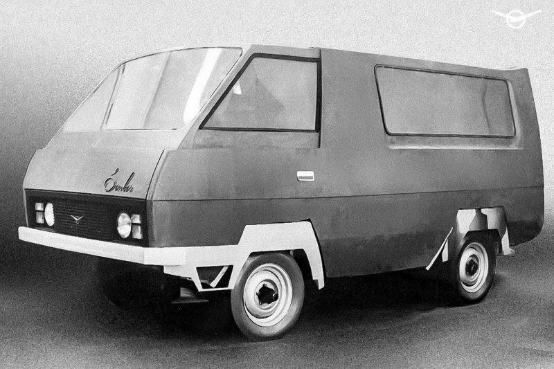 Привет, Илон Маск! УАЗ «потроллил» главу Tesla своим фургоном 1976 года
