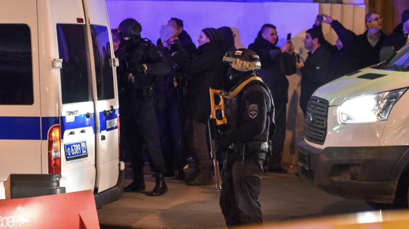 В центре Москвы у здания ФСБ произошла стрельба, двое убитых (видео)