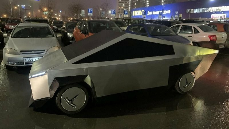 "Копия Tesla Cybertruck на базе ""Самары"" появилась на дорогах Москвы"
