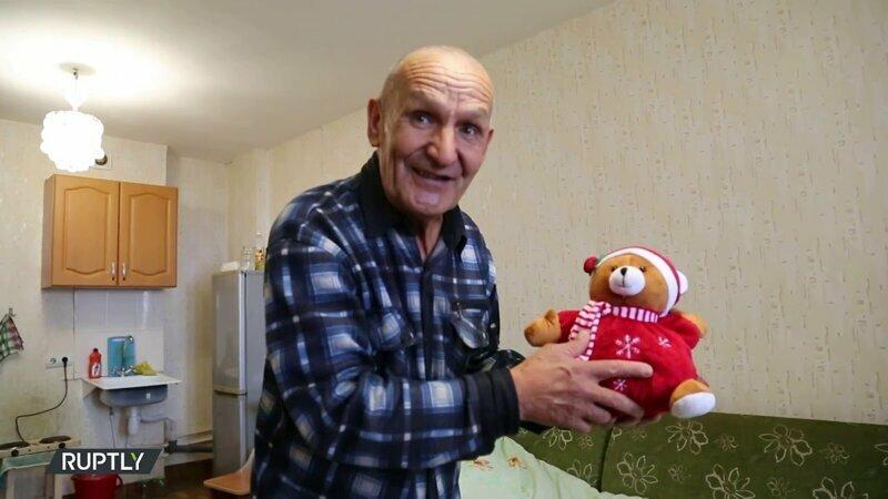 Новогоднее волшебство: Россияне за сутки собрали 1 млн. на помощь пенсионеру