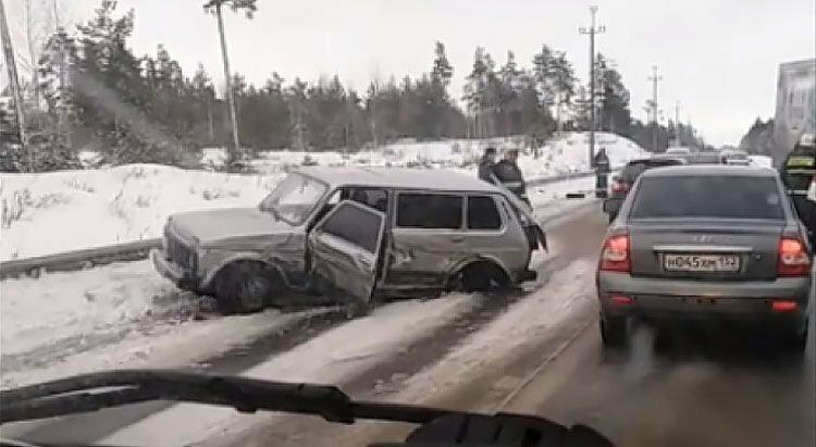 Авария дня. Женщина устроила массовое ДТП в Нижегородской области