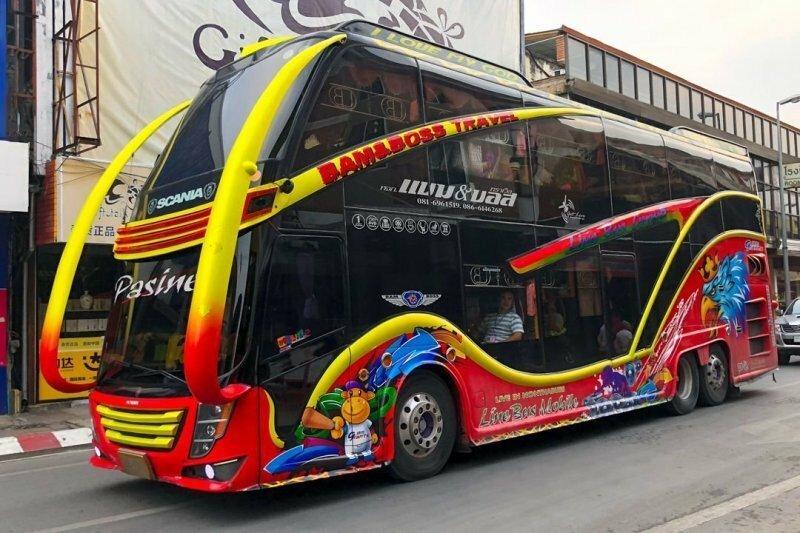 Тайский тюнинг — а не раскрасить ли нам автобус!