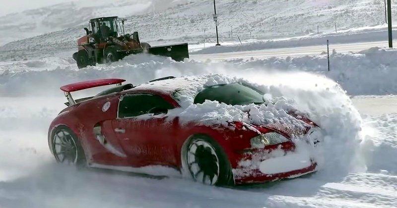 Суперкары Bugatti и Lamborghini порезвились в снегу