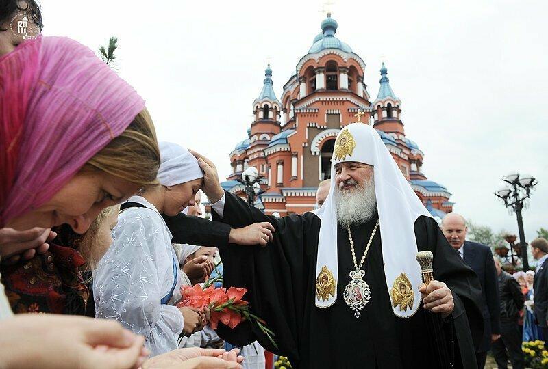 Патриарх Кирилл предложил сделать аборты платными, чтобы увеличить население