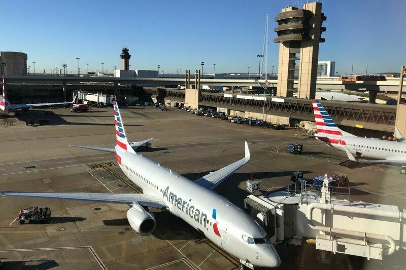 Ортодоксальных евреев выгнали из самолета из-за вони