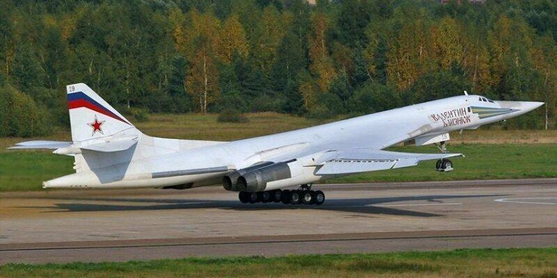 Минобороны показывает: в Казани проведён испытательный полёт новейшего Ту-160М
