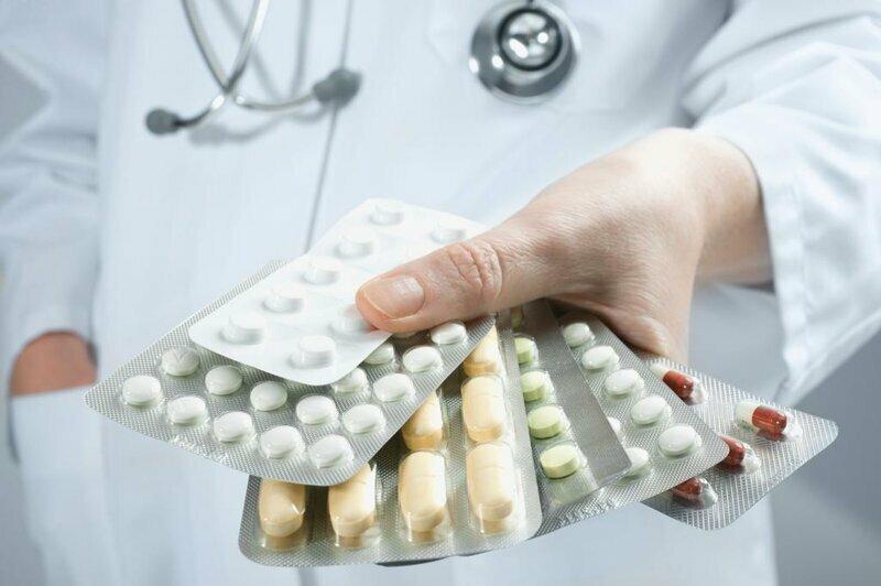 Причины введения рецептурной продажи антибиотиков