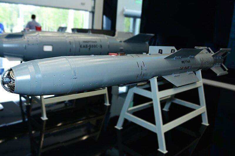 Завершены госиспытания корректируемой авиабомбы калибром 250 кг и перспективной торпеды