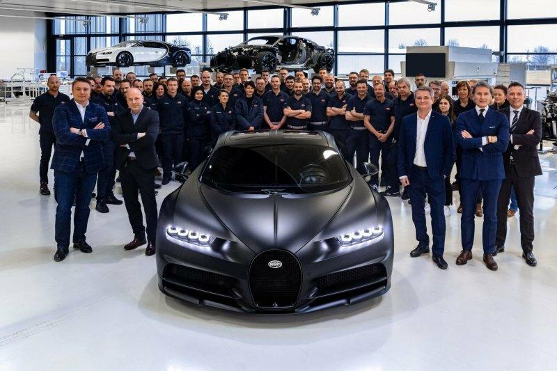 Чёрный зверь: компания Bugatti выпустила 250-й экземпляр гиперкара Chiron