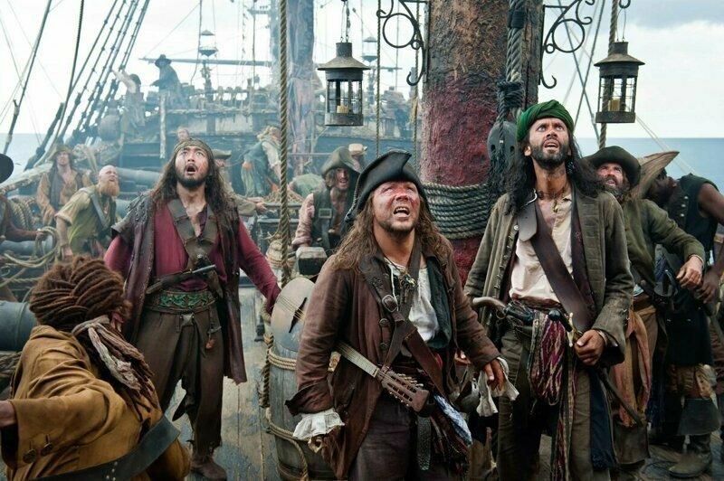 Пираты в Венесуэле взяли судно на абордаж и убили капитана