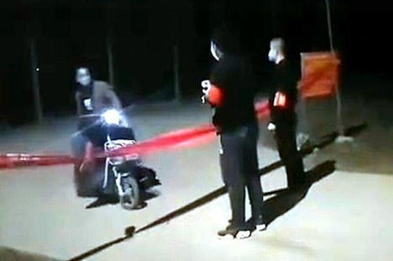 В Китае житель села напугал нарушителя карантина приемами кунг-фу