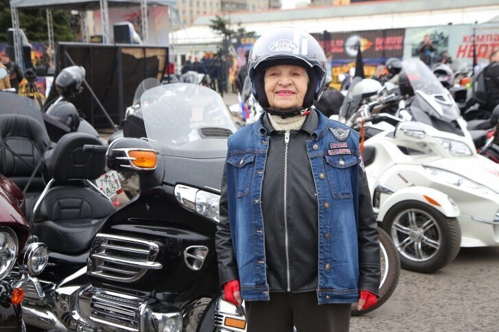 Байкер-бабушка из Нижнего Новгорода