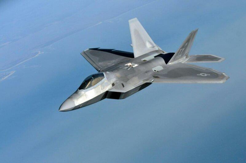Видео впечатляющей сверхманёвренности F-22 попало в соцсети