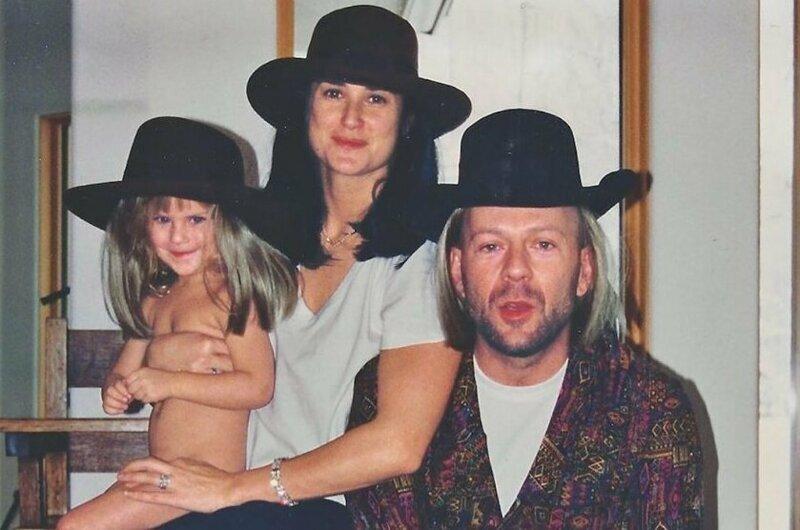 Три величайших подарка: Деми Мур с дочерьми поздравила с днем рождения Брюса Уиллиса