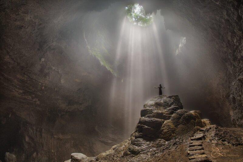 Вот это дыра! Фотозарисовки из самых удивительных пещер мира