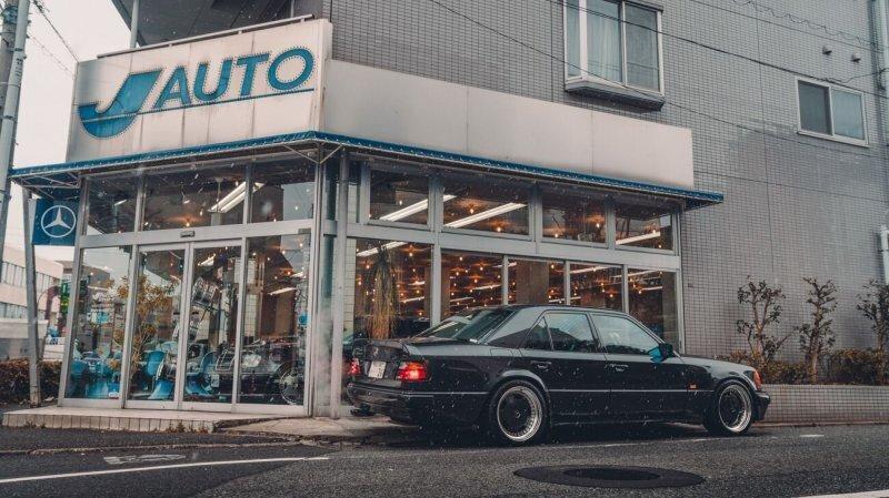 Посмотрите на дилерские центры подержанных автомобилей в Японии