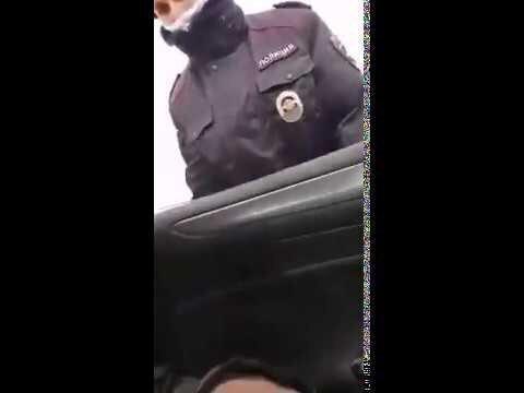 Как правильно общаться с полицейским во время режима самоизоляции