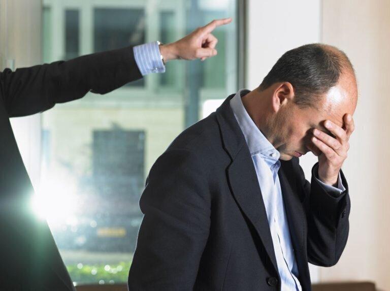 Эпидемия увольнений: как поступить при принуждении уйти в отпуск без содержания или уволиться?