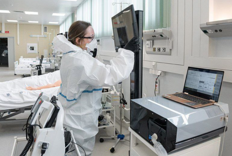 Достроили: экскурсия по главной коронавирусной больнице России
