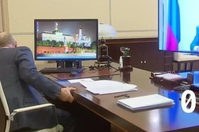 Путин позвонил министрам в прямом эфире и удивился, когда они не сразу взяли трубку