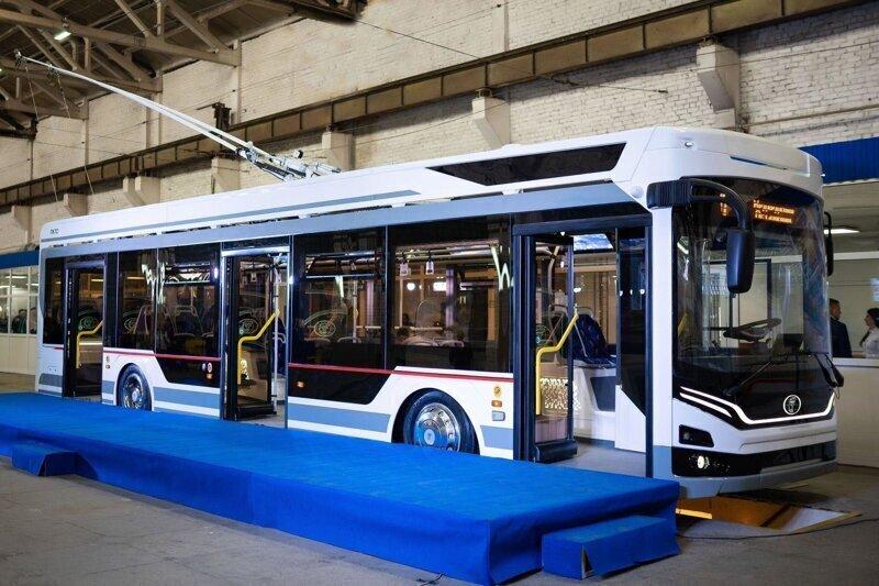 В Энгельсе представили новый троллейбус «Адмирал»