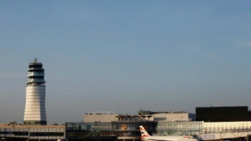 Аэропорт Вены предлагает тесты на ковид всем въезжающим