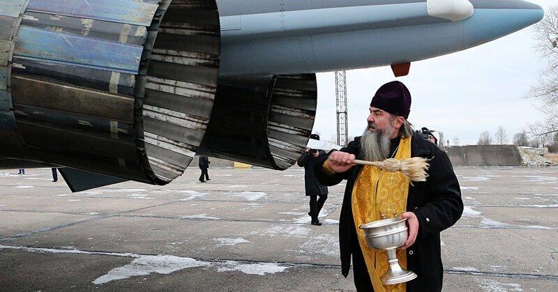 Протоиерей РПЦ назвал ядерное оружие «замечательным изобретением» и «оружием мира»