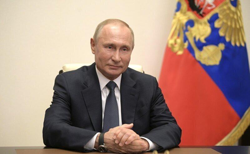 Путин обратился к народу Австрии и поздравил лидеров ЕС и СНГ с 75-летием Победы