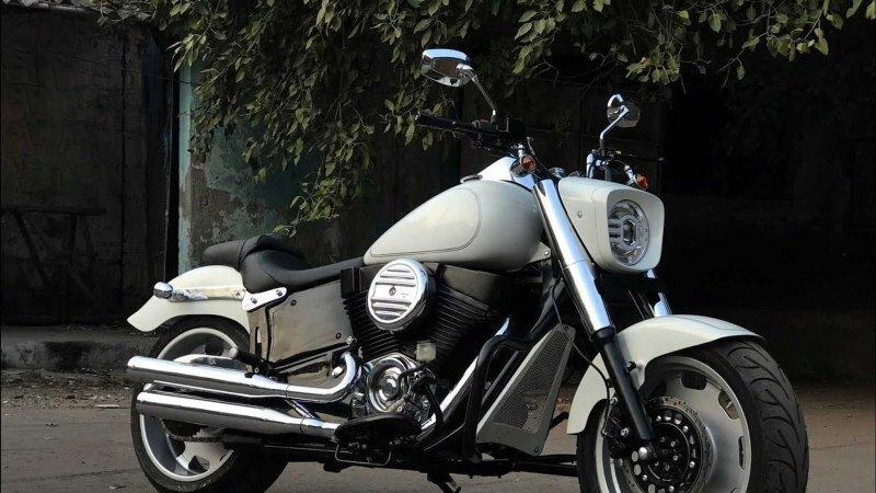 Этот Harley-Davidson Fat Boy на самом деле переделанный Royal Enfield из Индии