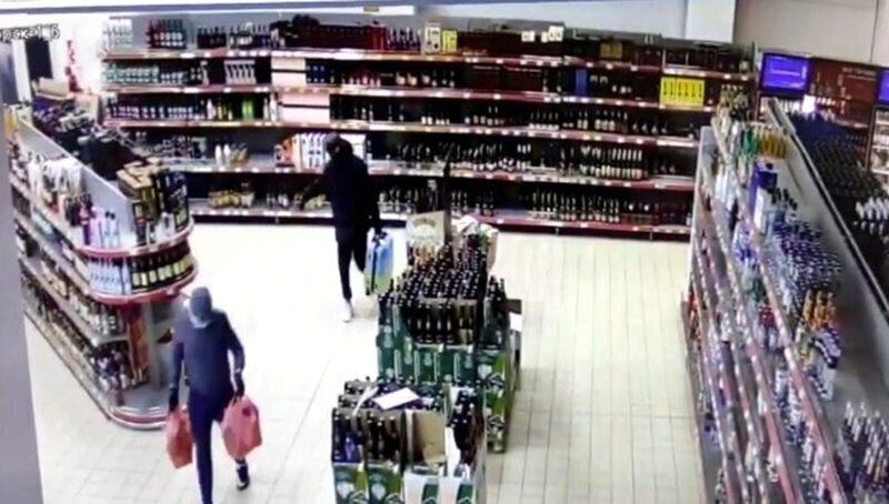 В Подмосковье подростки обворовали гипермаркет на 250 тысяч рублей
