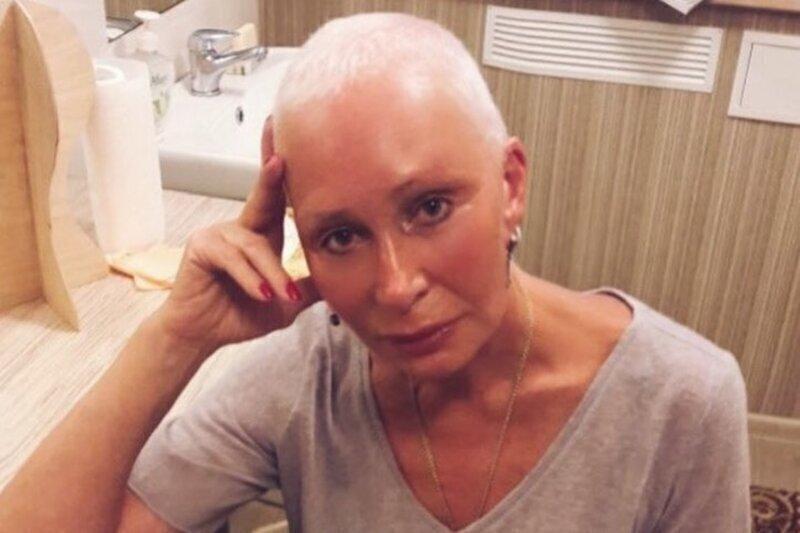 Актриса Татьяна Васильева, у которой обнаружили коронавирус, отказалась возвращаться в больницу