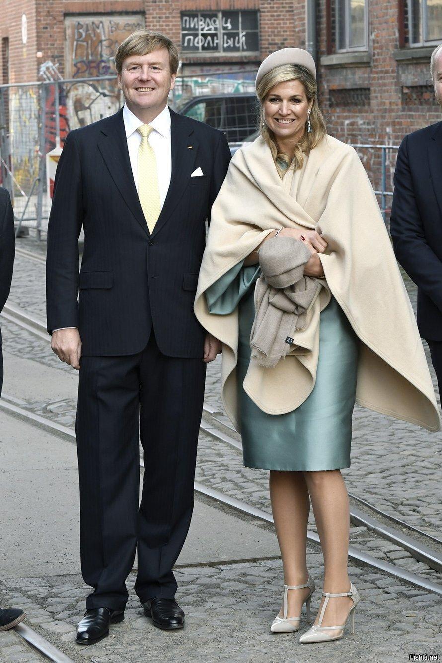 В FB пробегало: недавняя заметка в нидерландской прессе об их величествах кор...