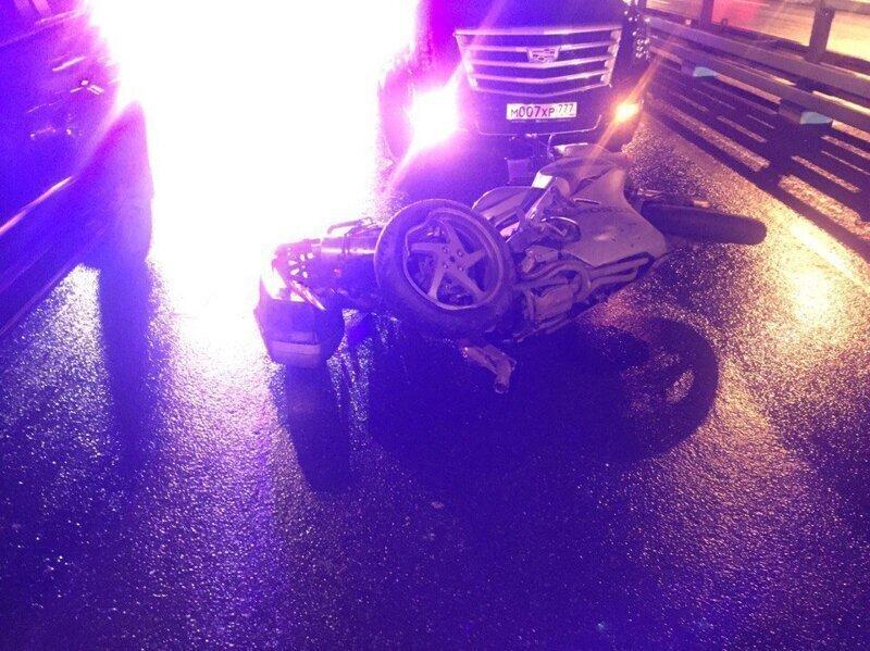 Пьяный следователь насмерть сбил мотоциклиста и избежал ответственности. Дело закрыто