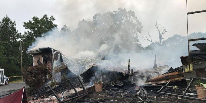 Церковь в Миссисипи полностью уничтожена пожаром