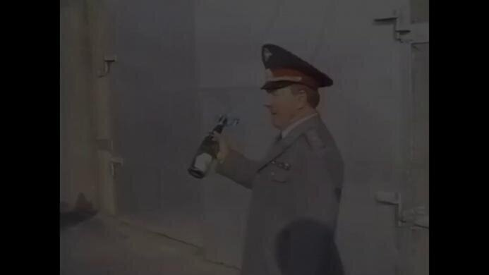 Вино - советское, стекло - российское