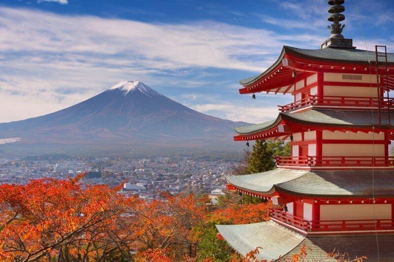 Япония собралась платить туристам за посещение страны