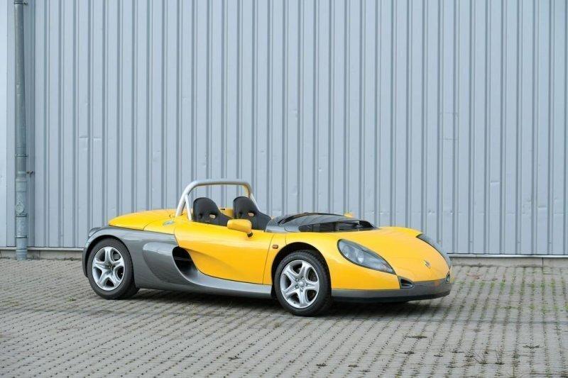 Renault Sport Spider — одна из самых причудливых машин 1990-х годов