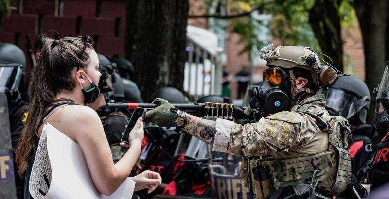 Американские полицейские стреляли на поражение в журналистов российских СМИ
