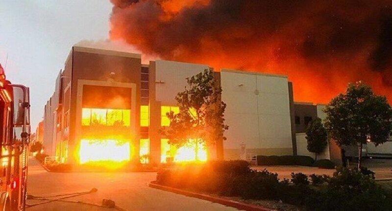 В Калифорнии сгорел склад Аmаzоn