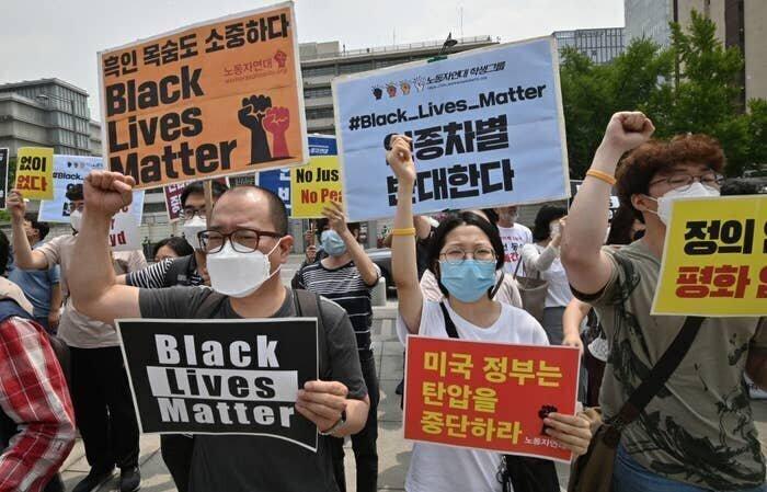 Лица протеста: фотографии акций Black Lives Matter со всего мира