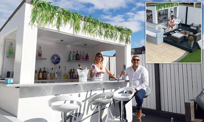 Пара из Шотландии построила в своем саду ночной клуб как на Ибице