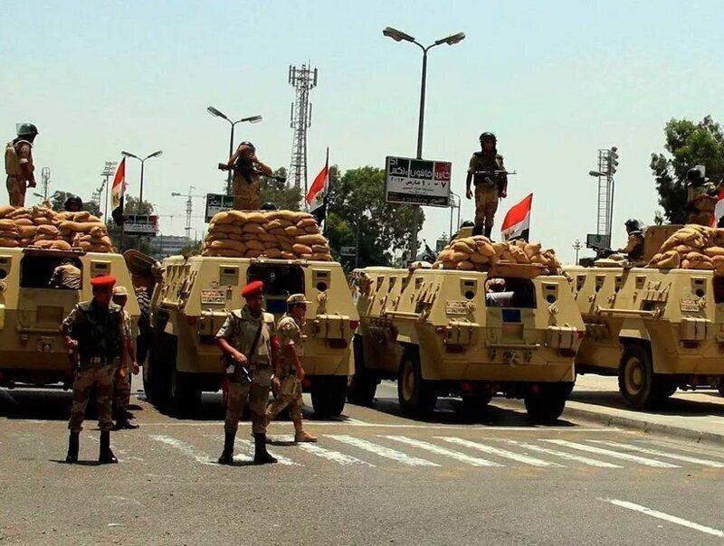 Ливийский конфликт приобретает серьезные масштабы: Египет направил войска в границе