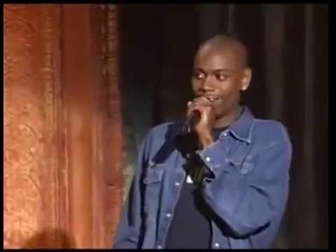 Негр-комик со сцены хохмит о расизме под дружный хохот зала