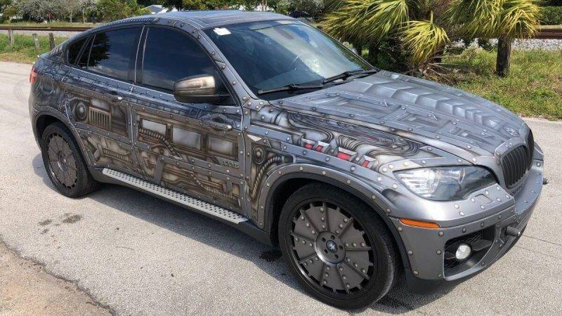 Нестандартный BMW X6 в стиле стимпанк с суицидальными дверями