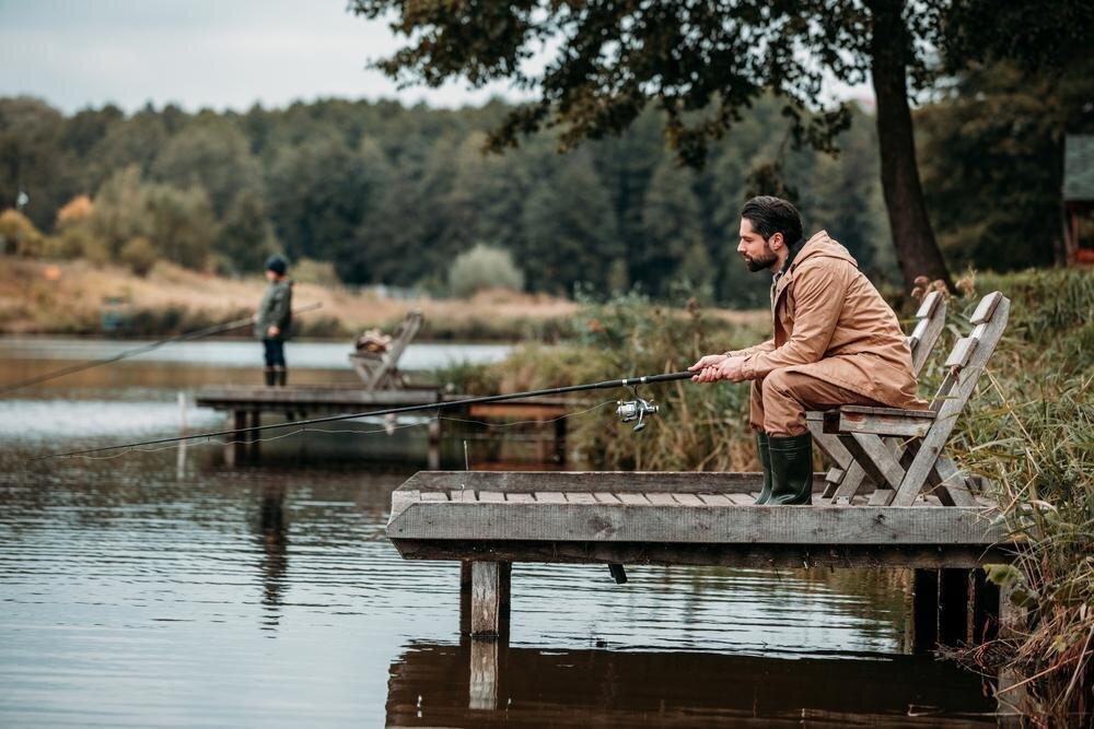 Секрет удачной рыбалки: что делать, когда сносит поплавок?